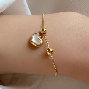 *NEW 925 Sterling Silver Shell Heart Bracelet